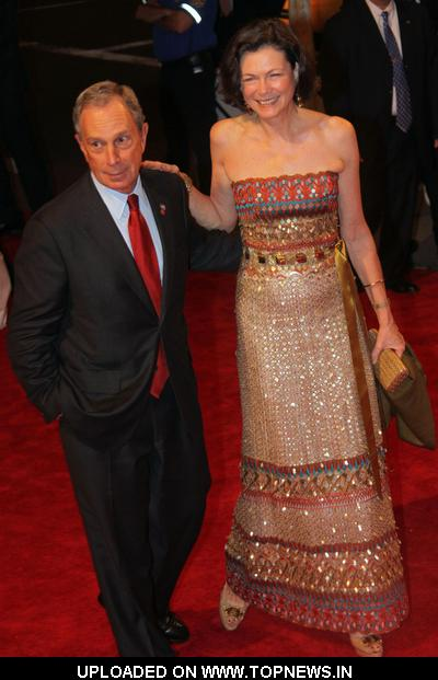 "Michael Bloomberg and Diana Taylor at ""American Woman: Fashioning a National Identity"" Costume Institute Gala - Arrivals"