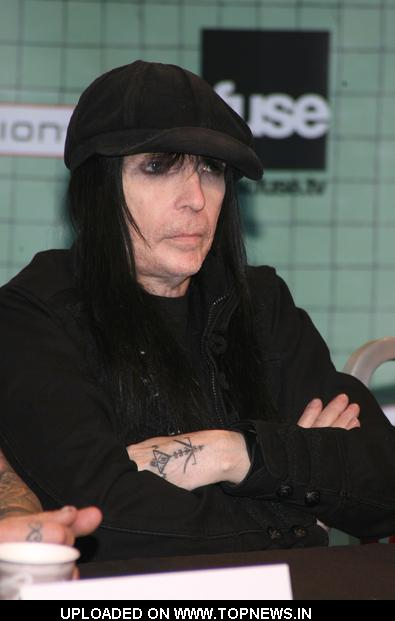 "Mick Mars at Motley Crue ""Crue Fest 2"" Press Conference at FUSE ..."