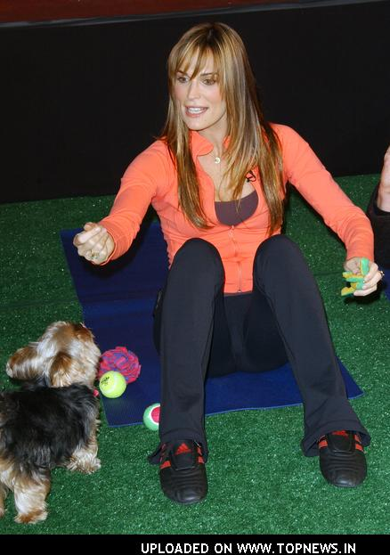 Molly Simms at How Fit Is Your Pet? Health Seminar by Hill's People and Pet Fitness Class