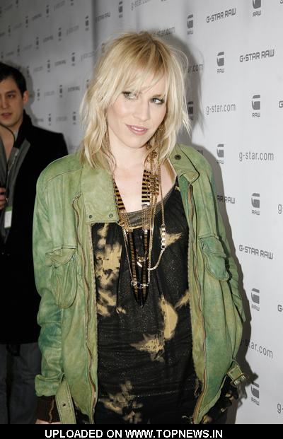 Natasha Bedingfield at G-Star Raw Fall/Winter 2010 Collection - Arrivals