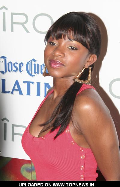 naturi naughton pics. Naturi Naughton at Mary J.