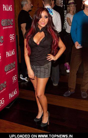 Snooki Celebrates the New Year at Ghostbar Dayclub in Vegas