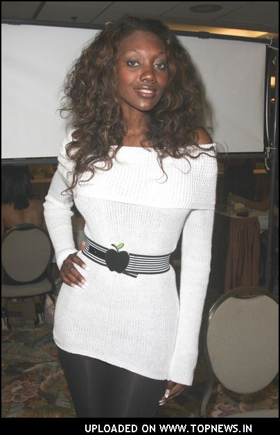 Nyomi Banxxx At 2007 Glamourcon International 42