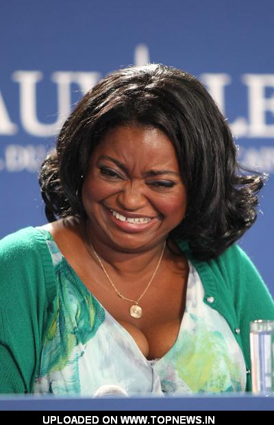 "Octavia Spencer at 37th Annual Deauville American Film Festival - ""The Help"" - Photocall"