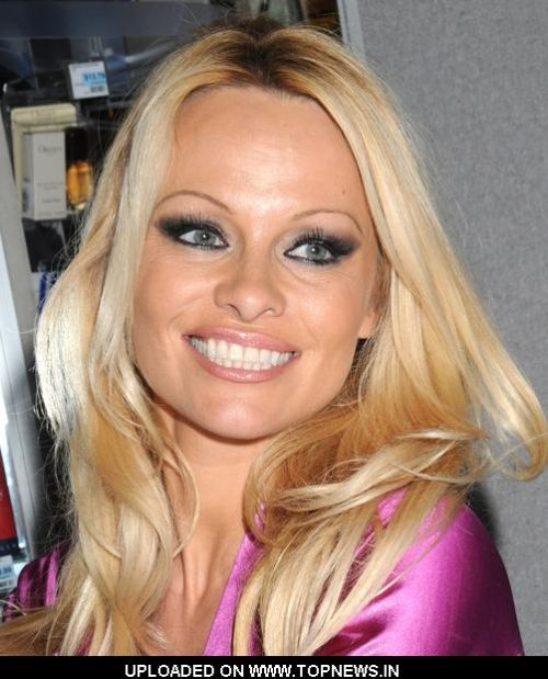Pamela Anderson Promotes Malibu and Malibu Night Fragrances at Rite ...
