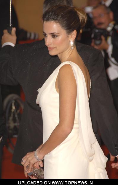"PenelopeCruz at 2008 Cannes Film Festival - ""Vicky Cristina Barcelona"" Premiere - Arrivals"