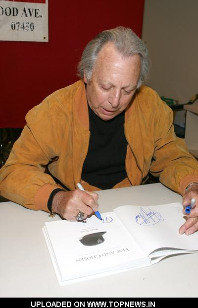 "Phil Pepe at Rusty Staub's ""Few and Chosen Mets"" Book Signing at Bookends in Ridgewood on May"