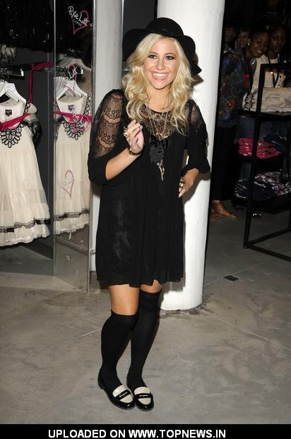 Pixie Lott Launches Her Autumn/Winter 2010 Fashion Range for Lipsy - Photocall