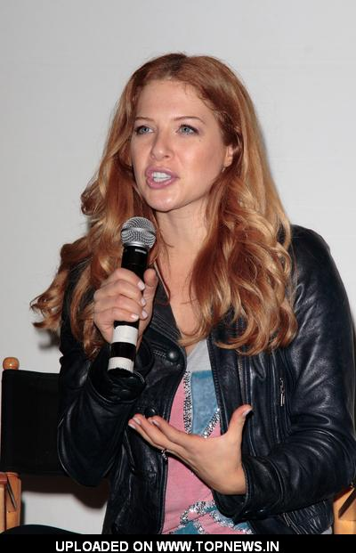 Rachelle Lefevre at Creation Entertainment's TWI/TOUR 2009 Salute to Twilight Convention - Day 3