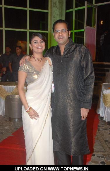 Rahul Mahajan and Dimpy Mahajan at Deepshikha and Keshav Arora's Wedding Reception