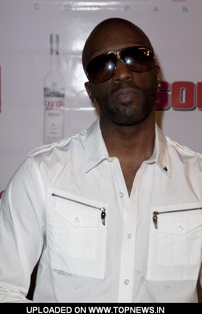 "Ray Robinson at ""Essentials"" Gifting Lounge - Red Carpet Arrivals"