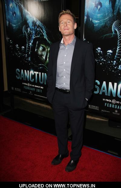 """Richard Roxburgh at """"Sanctum"""" Los Angeles Premiere - Arrivals"""