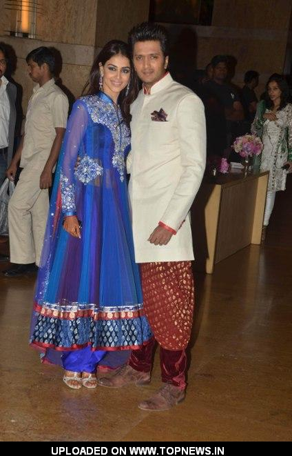Ritesh Deshmukh and Genelia D'Souza at Vashu Bhagnani's daughter sangeet