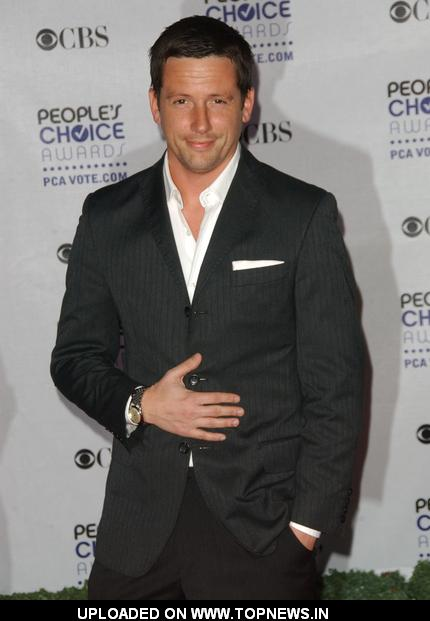 Ross McCall at 35th Annual People's Choice Awards - Arrivals