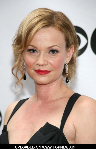 Samantha Mathis  at 63rd Annual Tony Awards - Arrivals