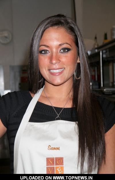 Sammi giancola at nove italiano meatball cooking lesson for Fraga s sweetheart motors