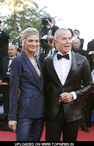 "Sarah Marshal and Jean-Claude Jitrois  at  62nd Annual Cannes Film Festival - ""Un Prophete"" Premiere - Arrivals"