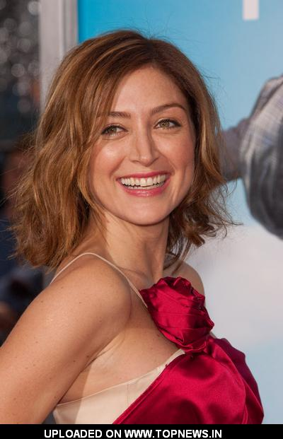 Hollywood Celebrity: Hollywood Hot Actress Sasha Alexander