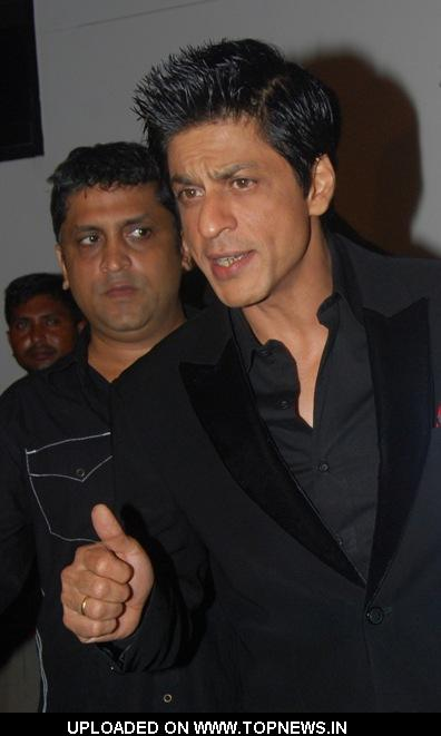 Shahrukh Khan at  I Am She 2010 Grand Finale