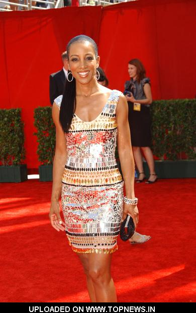 Shaun Robinson at 61st Annual Primetime Emmy Awards - Arrivalsc