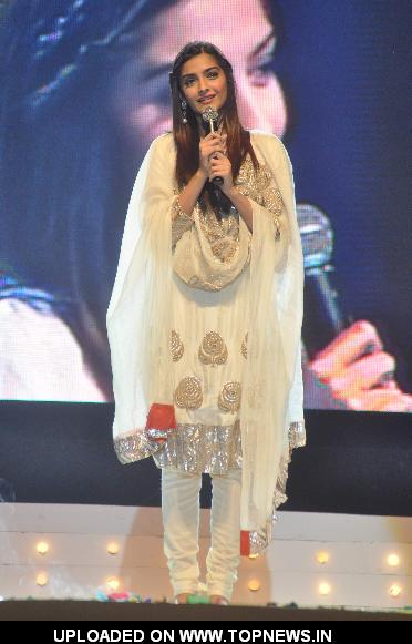 Sonam Kapoor during an Inspiro event at Sion