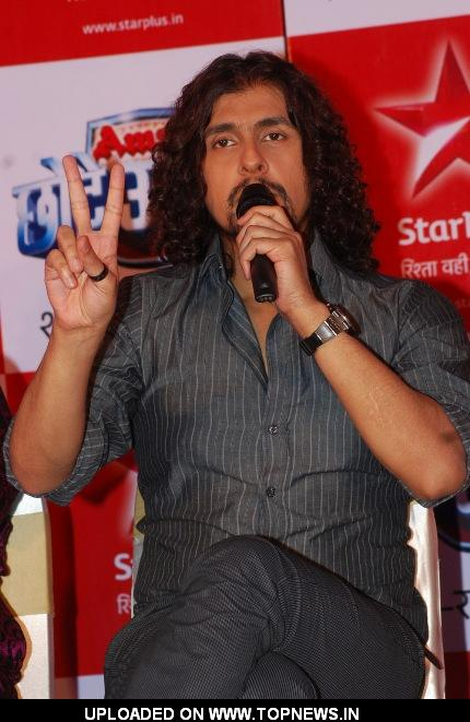 Sonu Niigaam at Press Conference of Chhote Ustaad – Do Deshon Ki Ek Awaaz'