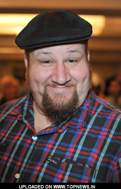 Stephen Kramer Glickman how tall is stephen kramer glickman