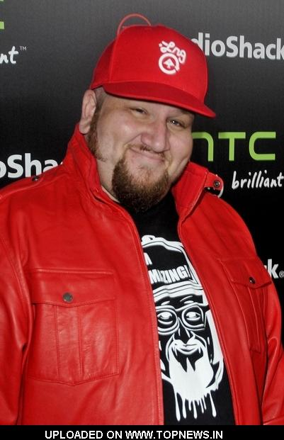Stephen Kramer Glickman at RadioShack's HTC EVO 3D Launch Party - Arrivals