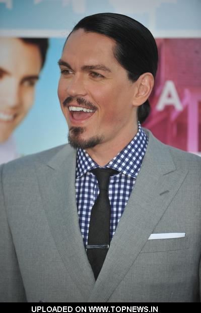 Steve Howey - Gallery Photo Colection