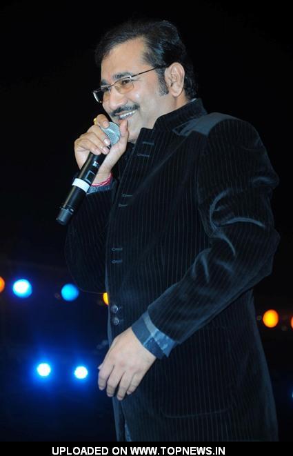 Sudesh Bhosle at Music Heals Concert held at Andheri ...