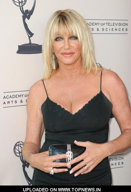 Suzanne Somers - Gallery Colection