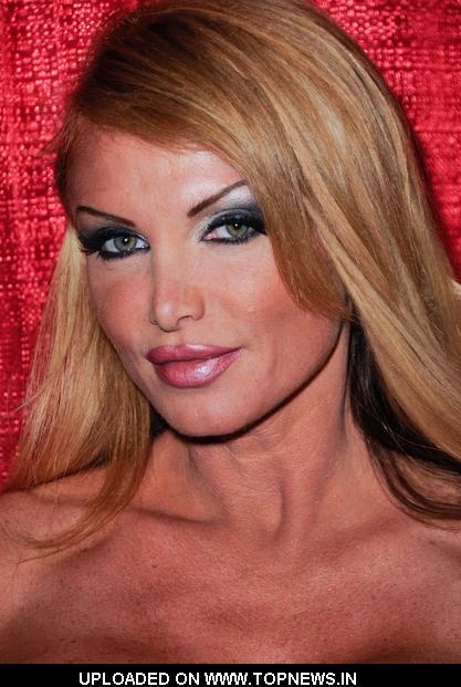 Taylor Wane Nude Photos 18