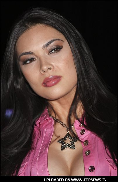 Variants are Tera patrick pink theme
