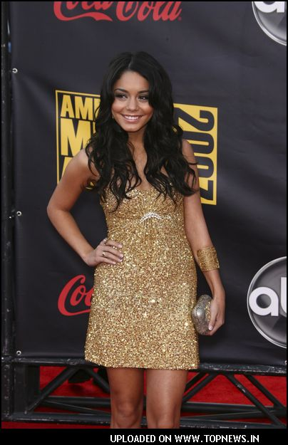 Vanessa Hudgens American Actress Singer Hd Wallpapers Backgrounds ...