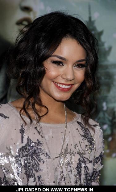 "Vanessa Hudgens at ""Sucker Punch"" World Premiere - Arrivals"