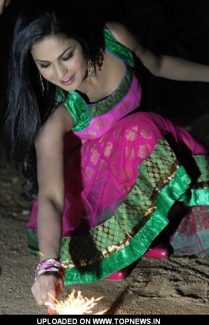 Rocket of Bollywood Veena Malik Boom's in Hyderabad
