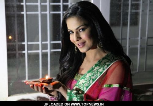 Rocket of Bollywood Veena Malik Boom's in Hyderabad