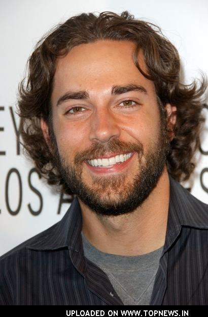 Zachary Levi at The 25th Annual William S. Paley Television Festival: An Evening with Chuck - Arrivals