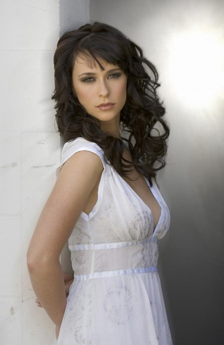 Jennifer Love Hewitt nice smile wallpapers