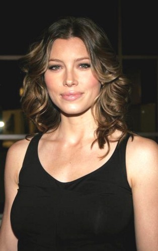 Women Going Commando http://www.topnews.in/jessica-biel-ready-bare-all-says-no-going-commando-2187212