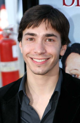 Justin Long's friends and family can't take this anymore