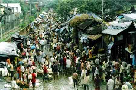Incessant rain and poor drainage system cause difficulties to people of Kolkata
