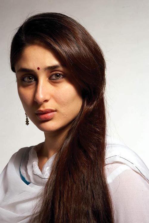 Kareena Kapoor in F A L T U