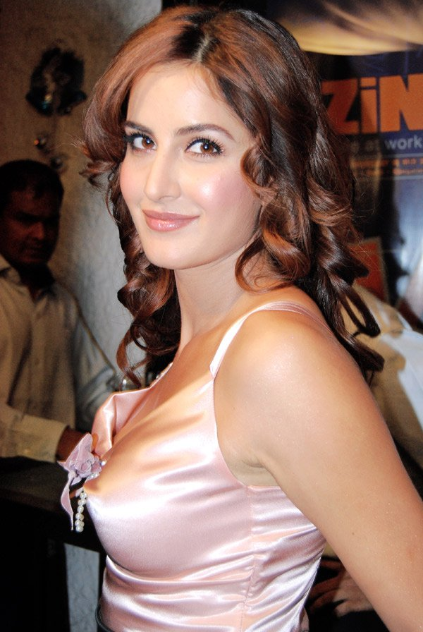 http://www.topnews.in/files/katrina-kaif_1.jpg