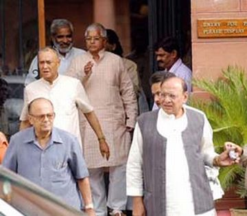 sixth pay commission report pdf