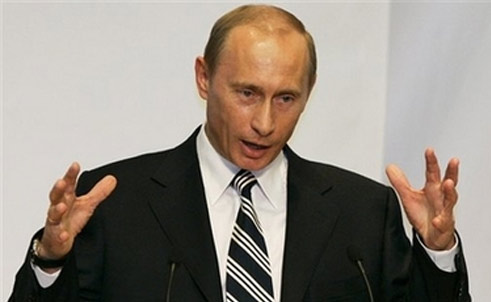 In Berlin, Putin asks West to pay pump costs