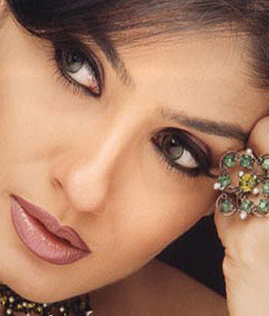 raveena tandon - Face of da day 20th Jan 2010