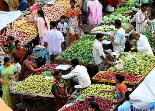 August retail inflation eases