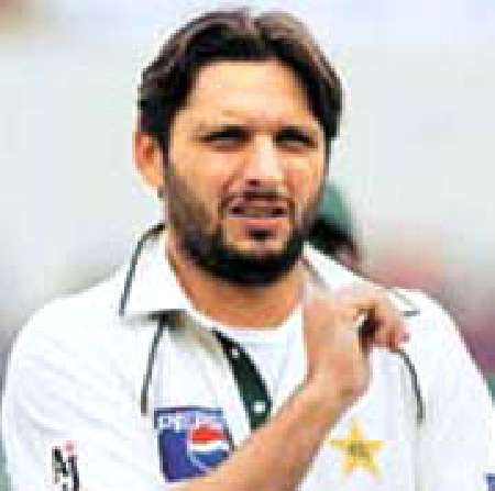 Shahid Afridi To Quit Test Cricket