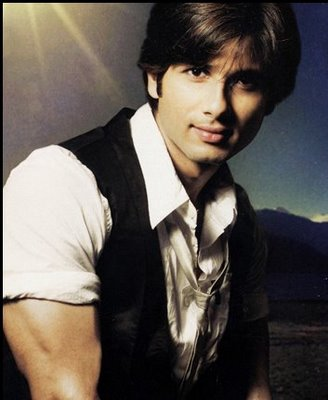 I don't want star treatment on Ken Ghosh's film set: Shahid Kapoor